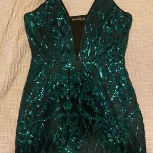 Black and green sequin dress